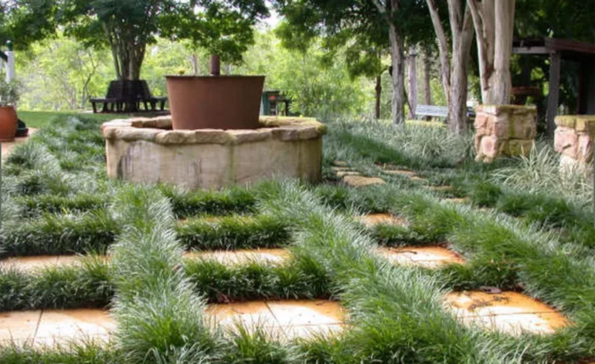 Steven-Clegg-Design-pots-planters