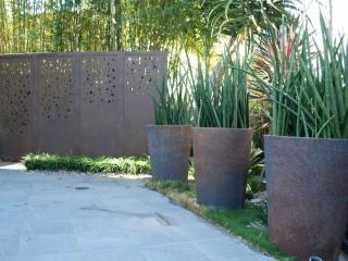 pots-planters-screen-design