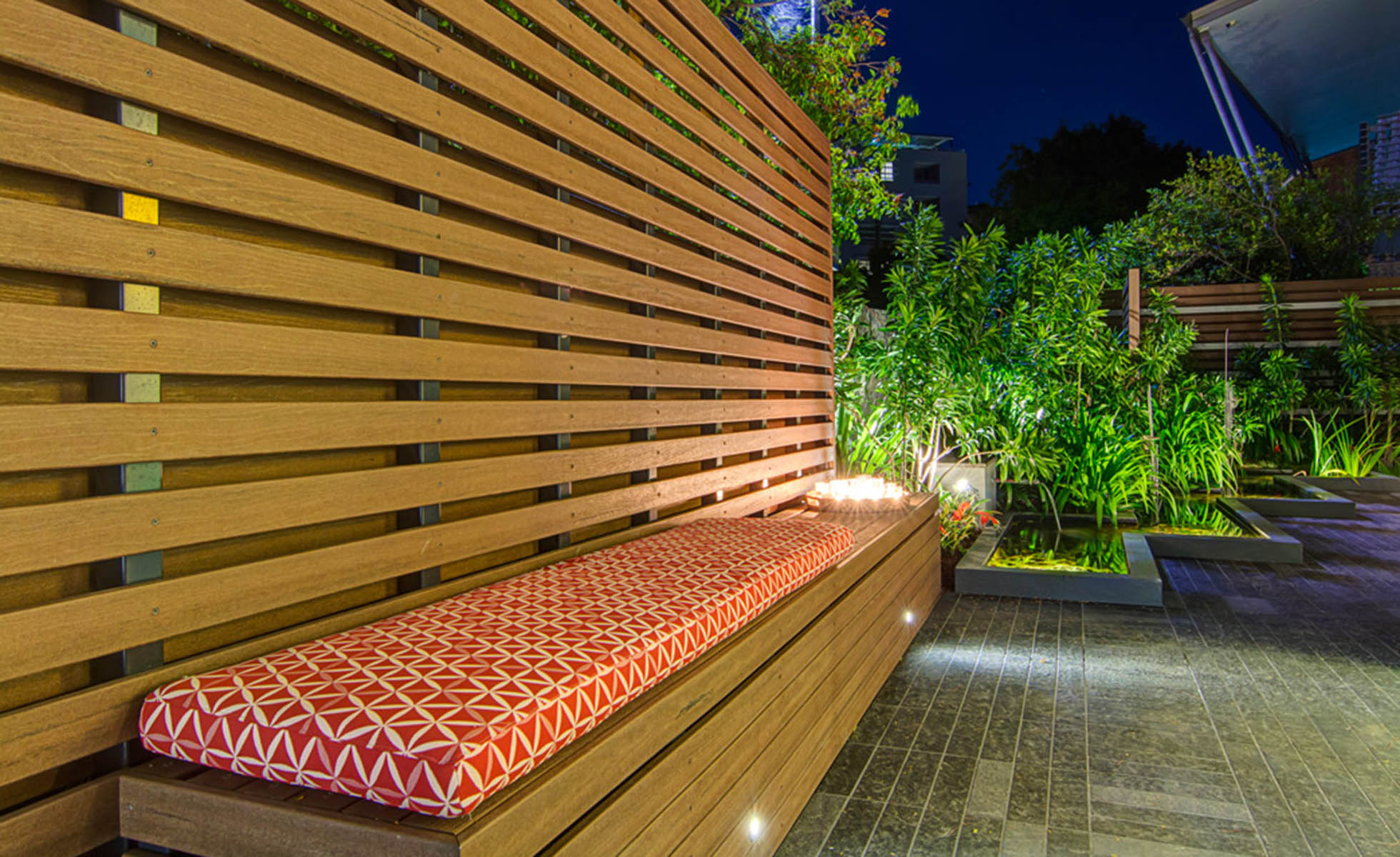 garden-seating-night